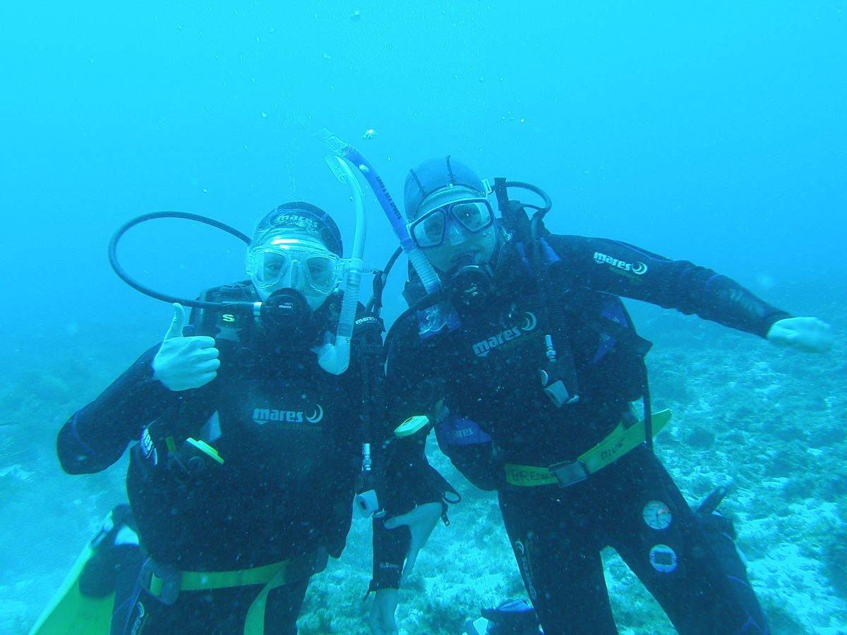 Bremer Bay divers wearing Mares gear